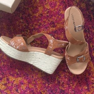 Lucky brand embroidered floral wedges